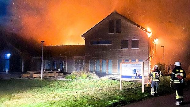 Feuer verursacht 3 Millionen Euro Schaden am Alfsee