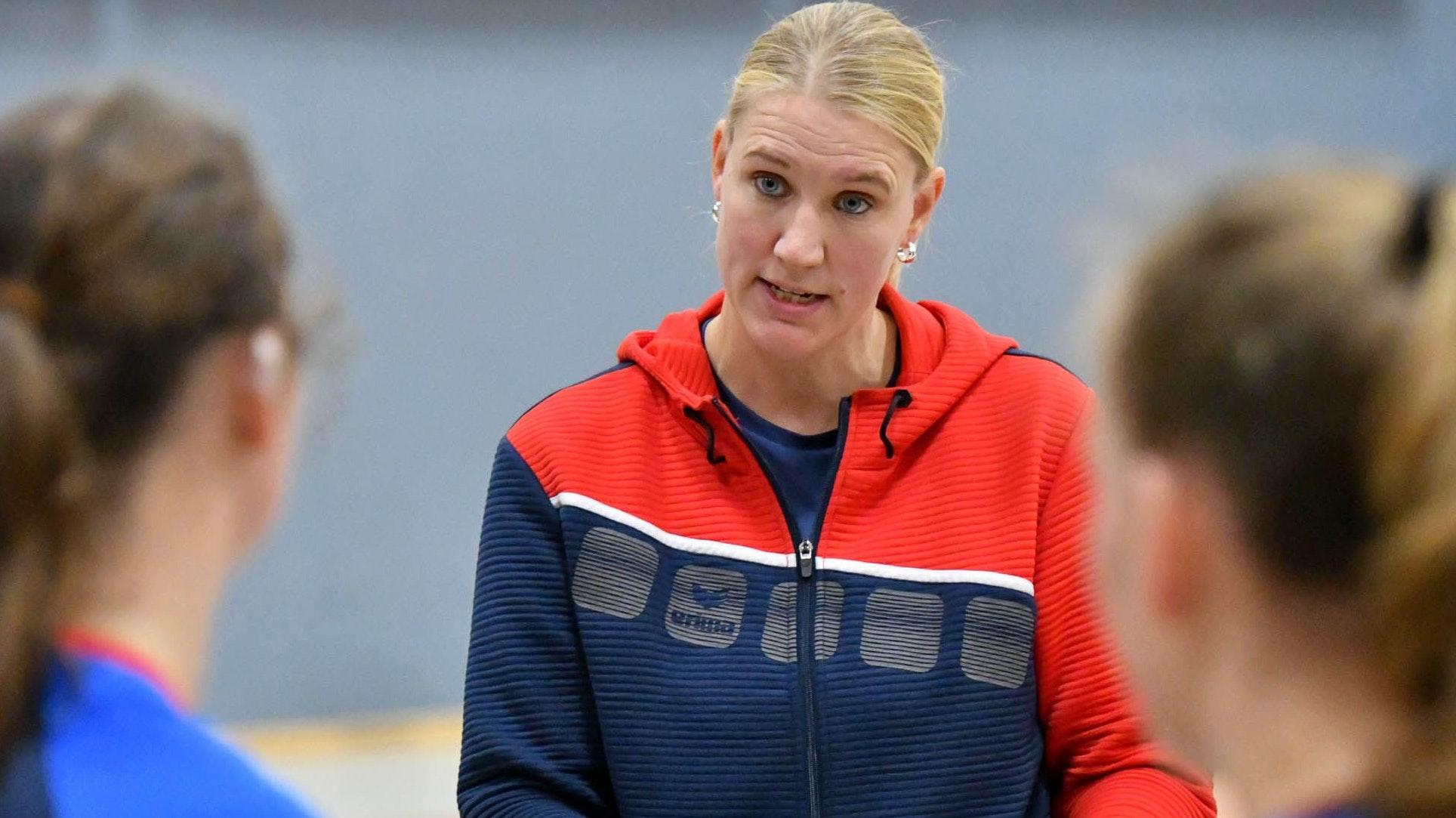 """""""16 Tore sind zu wenig"""": TVD-Trainerin Maike Bocklage war nicht zufrieden. Foto: Wenzel"""
