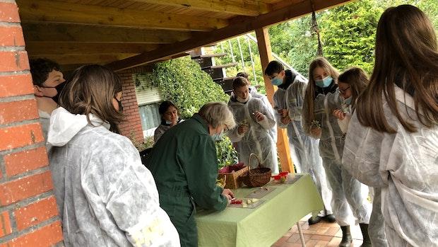 Oberschüler machen Familie Klostermann den Hof