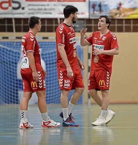 TVC international: Der Ungar Adam Pal (links) und Mikkel Beck aus Dänemark haben sich zur neuen Saison dem Drittligaaufsteiger Cloppenburg angeschlossen.Foto: Langosch