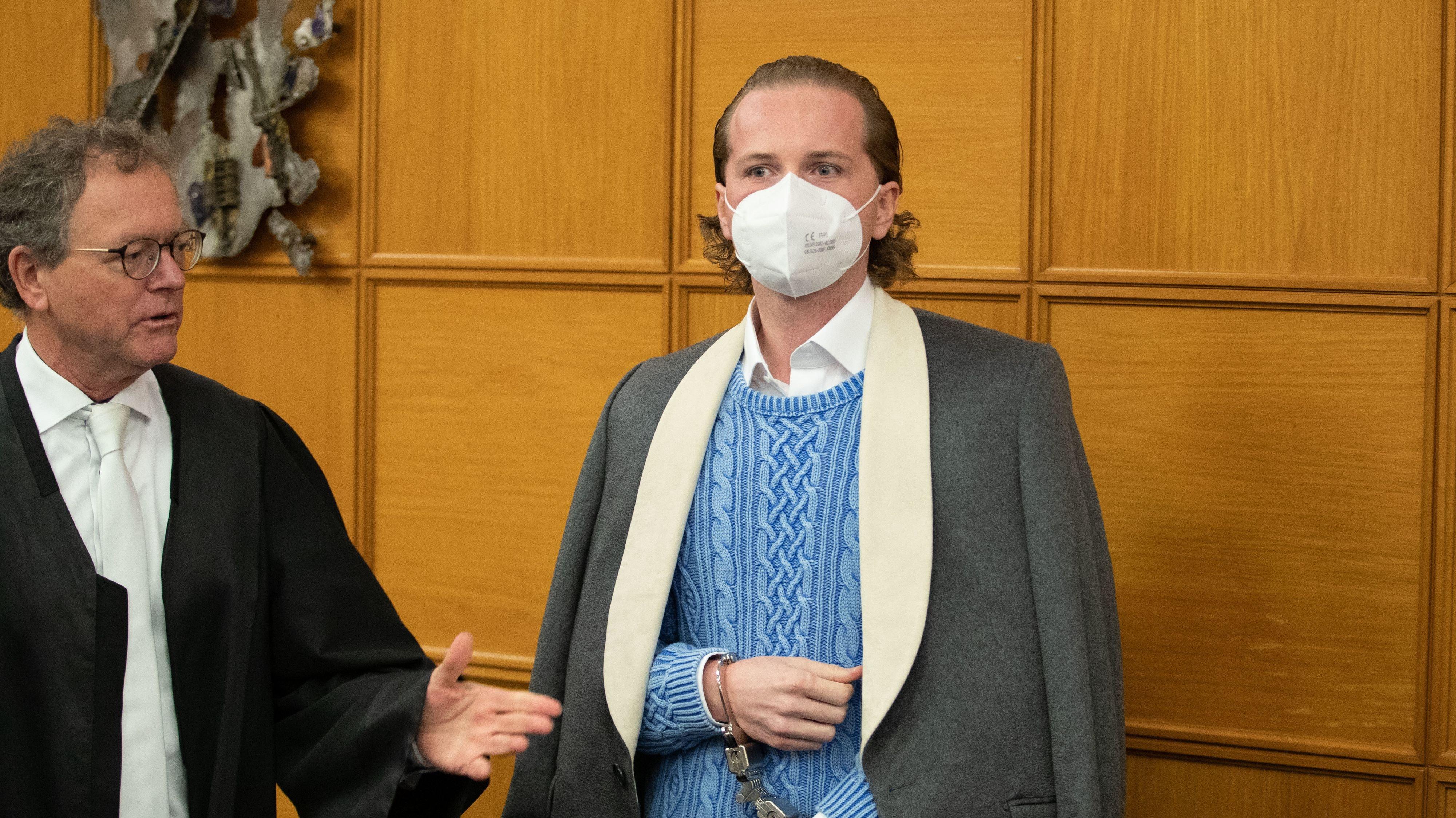Weiter geht es: Das Verfahren wird fortgesetzt werden müssen. Das Archivbild zeigt Hendrik Holt bei einem Termin in Meppen. Foto: dpa/Gentsch