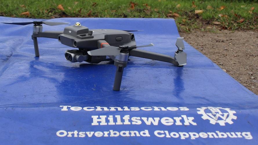 Alles im Blick: Per Drohne suchen die Cloppenburger THWler nach Fallwild. Foto: A. Baumhardt