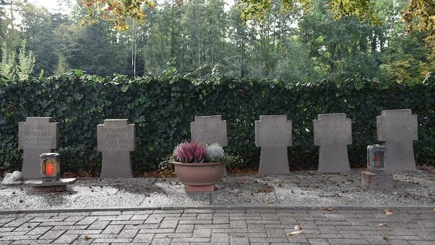 6 Weltkriegsgräber, 6 Sanierungsfälle
