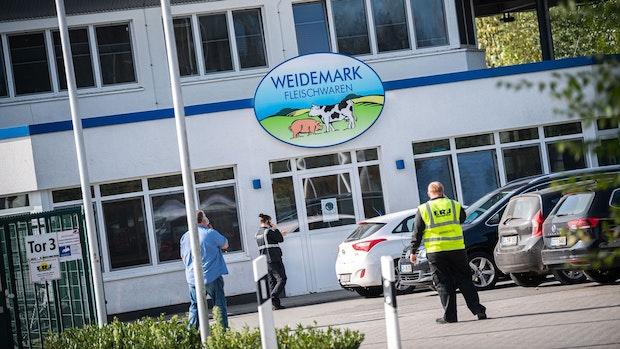 DGB kritisiert Arbeitsquarantäne für Schlachthof-Mitarbeiter