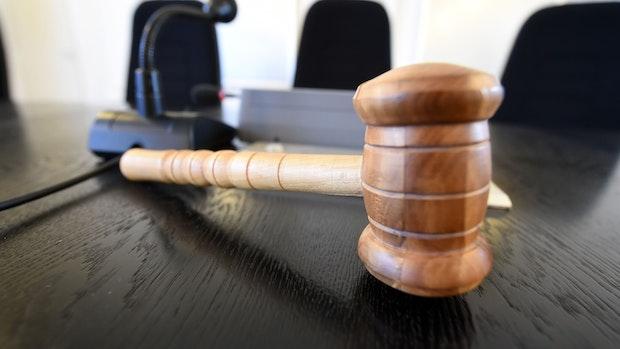 Mann schlägt Kinder: Bibeltreuer Staatsanwalt findet's okay
