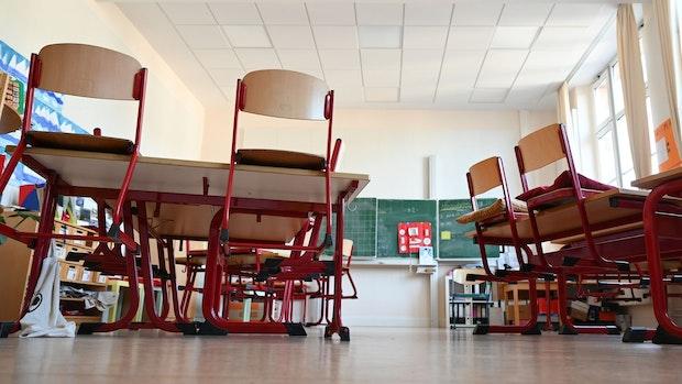 Eltern fordern Umdenken in Corona-Schulpolitik