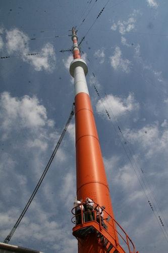 352 Meter hoch: die Marinefunkstelle ist das zweithöchste Bauwerk Deutschlands. Foto: Passmann