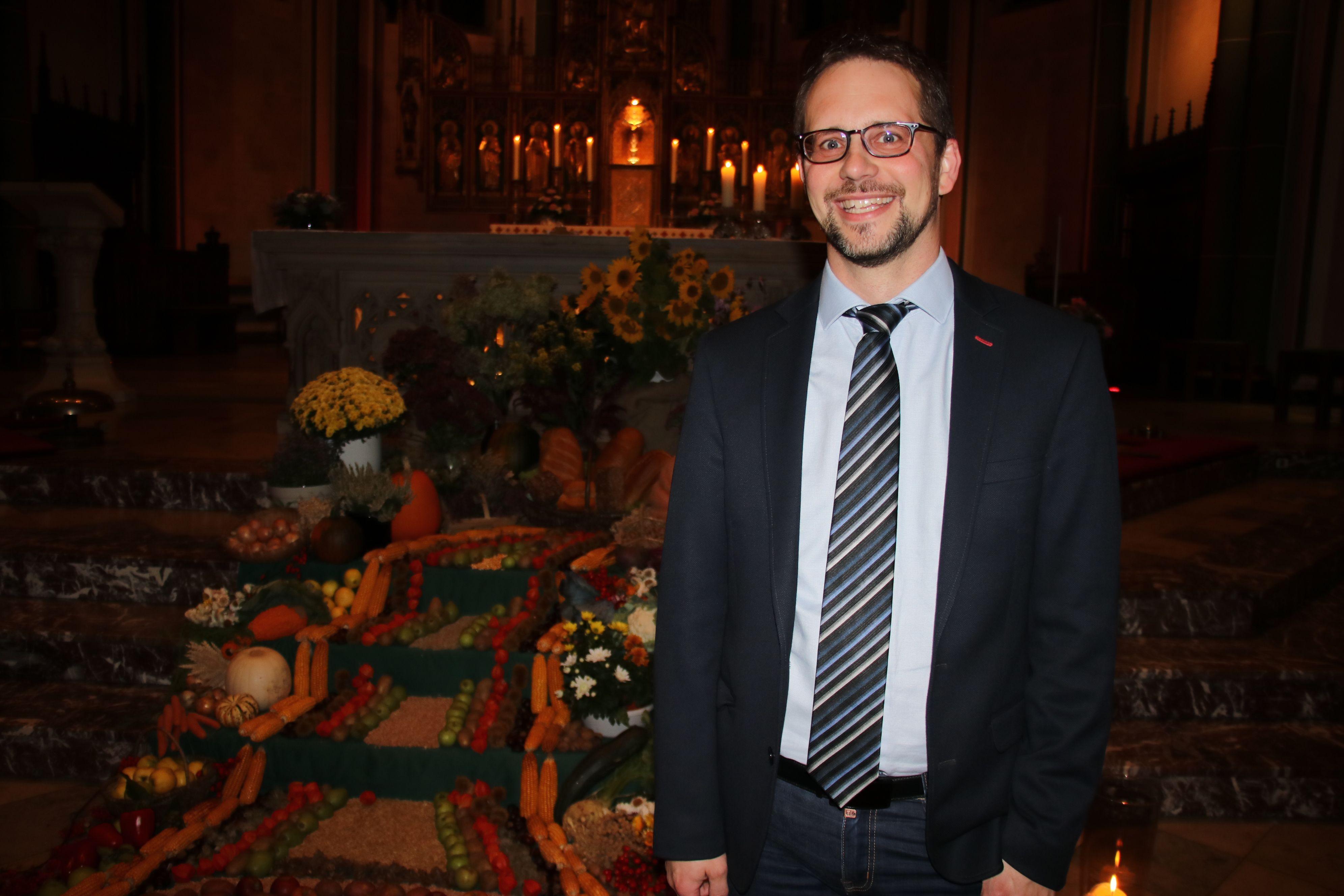 Gelungenes Nachtmusikjubiläum: Aus Anlass des Erntedanks spielte Dr. Isenberg Lob- und Dankgesang. Foto: Lammert