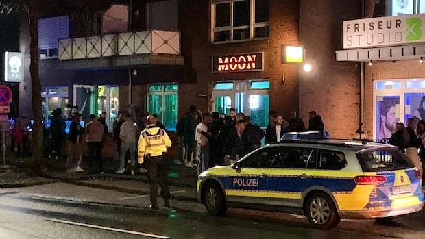 Corona-Verordnung ignoriert: Polizei räumt Shisha-Bar in Vechta