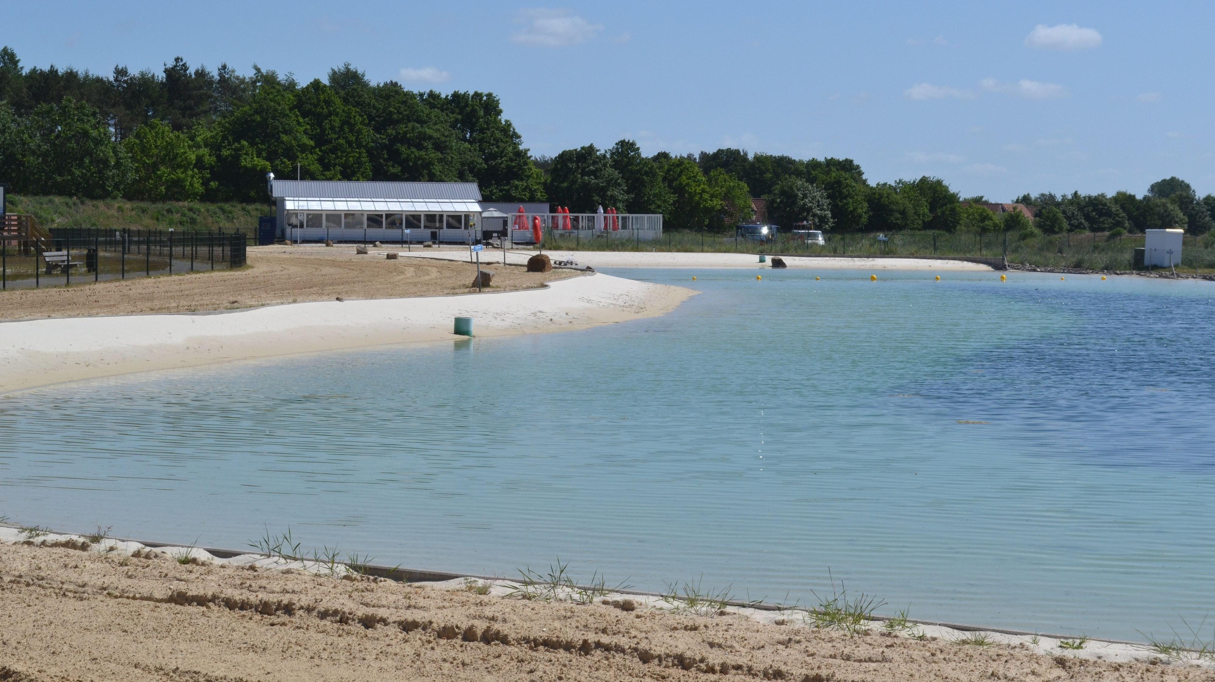 Idyllisch: der Badesee in Dwergte. Foto: Schrimper