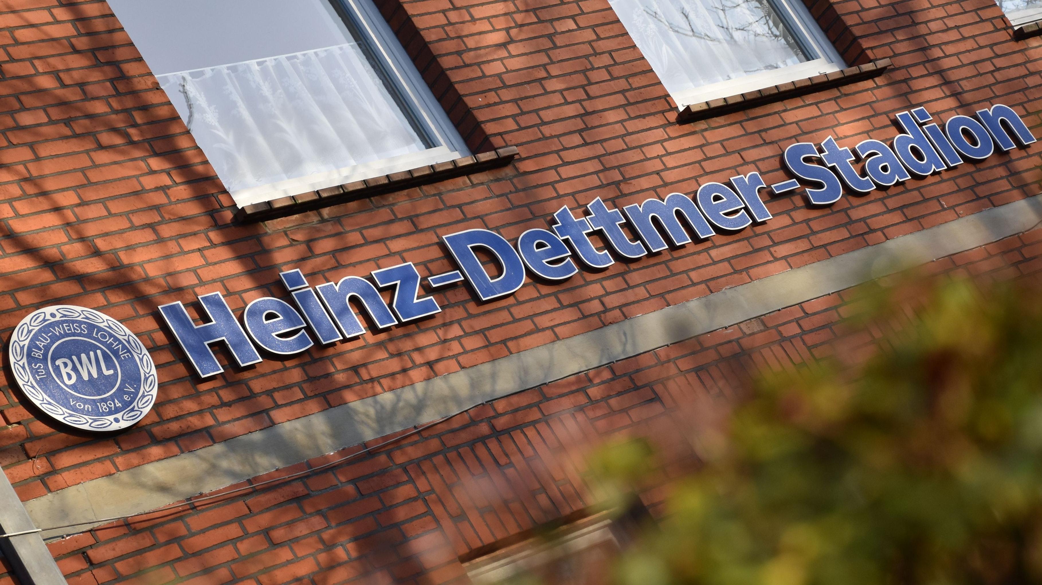 Die Spielstätte der Blau-Weißen aus Lohne: das Heinz-Dettmer-Stadion an der Steinfelder Straße. Foto: Timphaus
