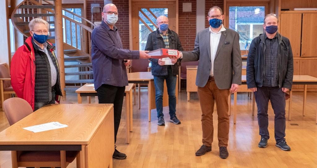 Saterland: 2119 Unterschriften für Bürgerbegehren