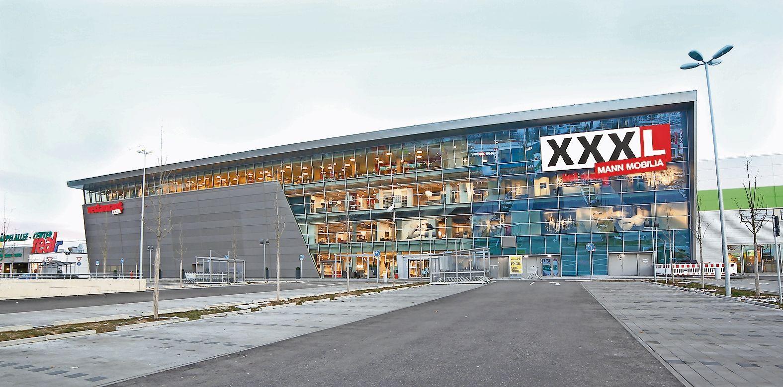 Verkleinert, aber immer noch groß: Die Möbelhaus-Kette plant in Cloppenburg 24000 Quadratmeter Verkaufsfläche. Grafik: XXXLutz
