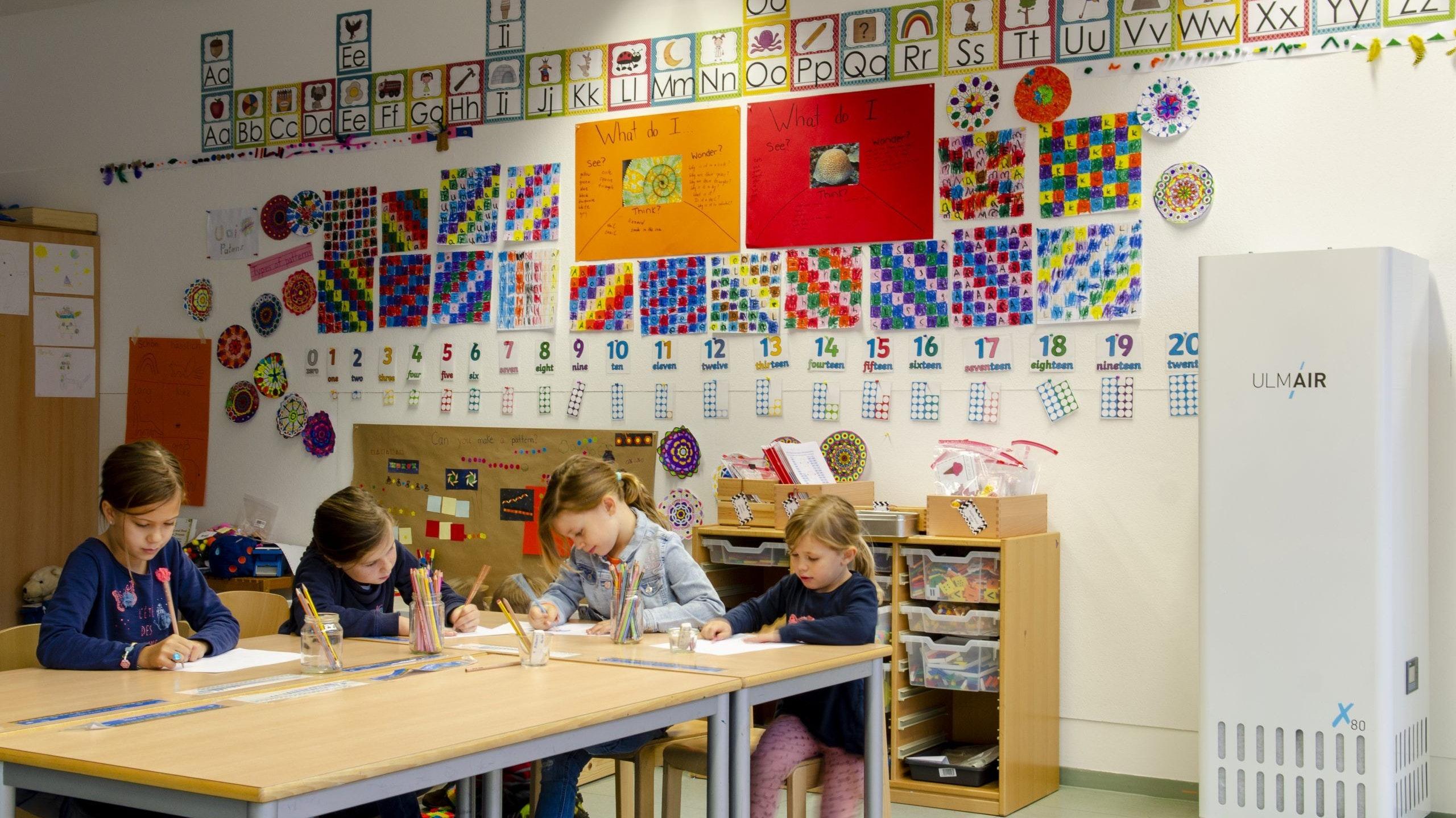 Der Einsatz mobiler Luftreinigungsgeräte in Schulklassen wird intensiv diskutiert. Der Landkreis Vechta plant derzeit keinen Aufbau in seinen Schulen. Foto: UlmAir/Herr