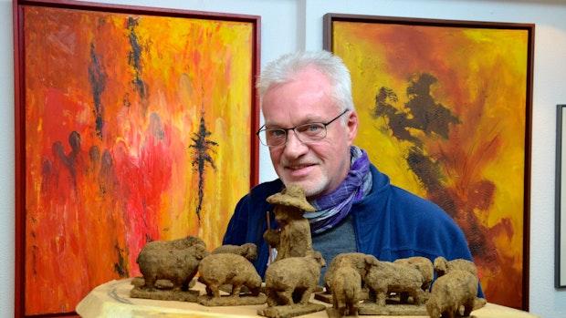 Karl-Heinz Brinkmann baut Krippen aus Torf