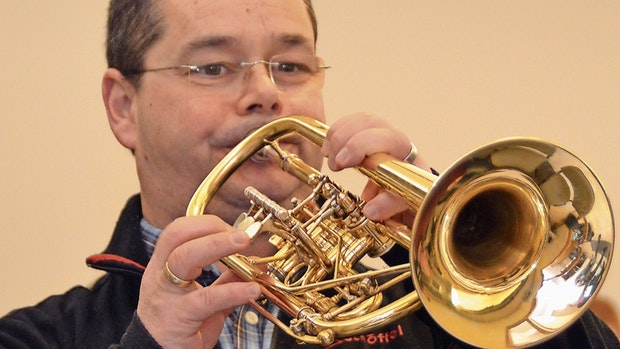 Profi-Trompeter spielt nur die Premiere