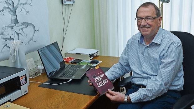 Ex-Bankdirektor geht unter die Krimi-Autoren