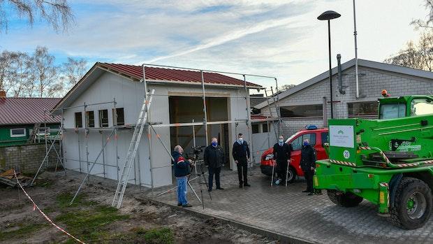Ein Anbau für die Feuerwehr Fladderlohausen