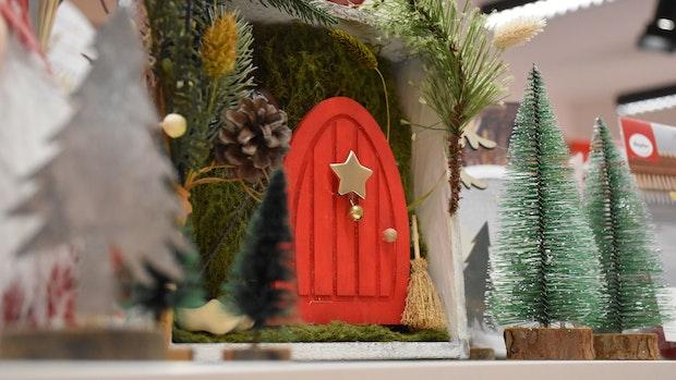 Wichteltür zaubert Weihnachtsstimmung