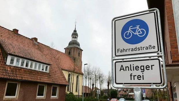 Autofahrer ignorieren Fahrradstraße