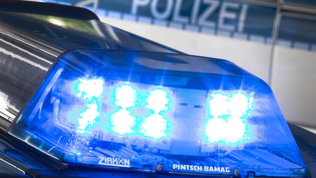 Unfall in Langenberg: Laut der Polizei waren zwei Teenager aus Steinfeld in den Unfall verwickelt. Foto: dpaGentsch