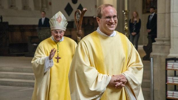 Bischof weiht Lars Schlarmann zum Diakon