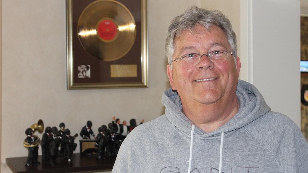 Goldene Schallplatte: Heiner Olberding erhielt die Auszeichnung für die erste Kuschelrock-CD. Foto: Heinzel