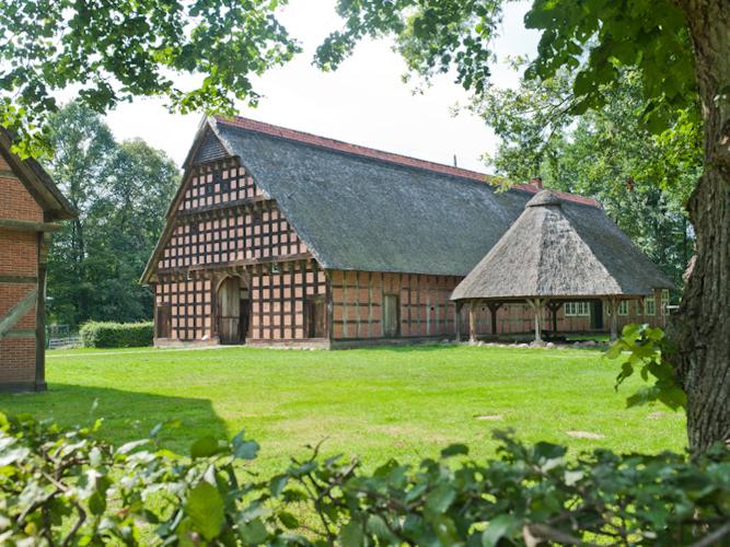 Die Hofanlage Quatmann aus Elsten. © Museumsdorf