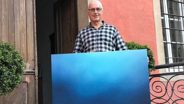 """""""Blau"""" ist nicht nur der Titel der Ausstellung"""