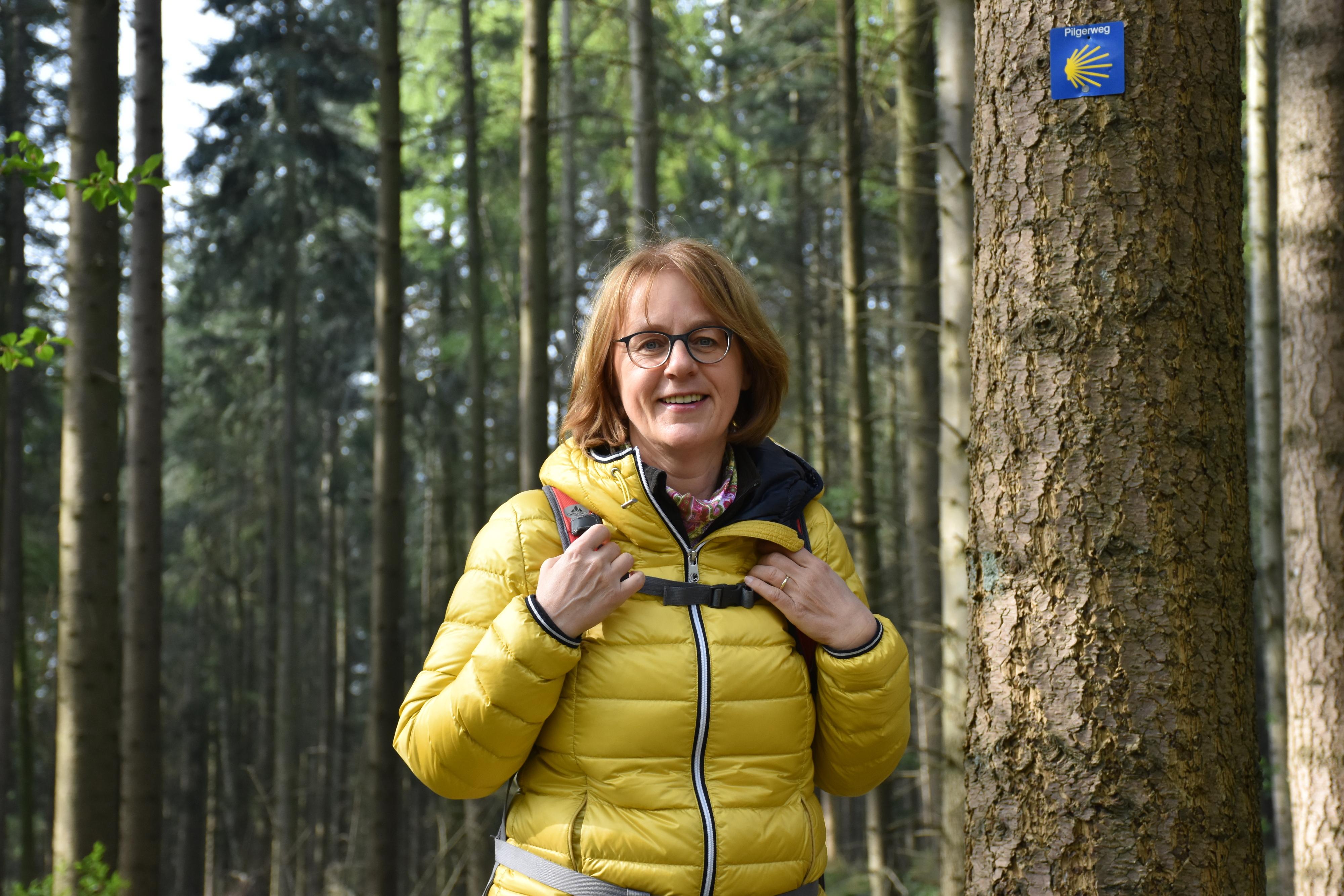 Birgit Schlarmann aus Steinfeld ist gerne in der Natur unterwegs. Foto: Timphaus