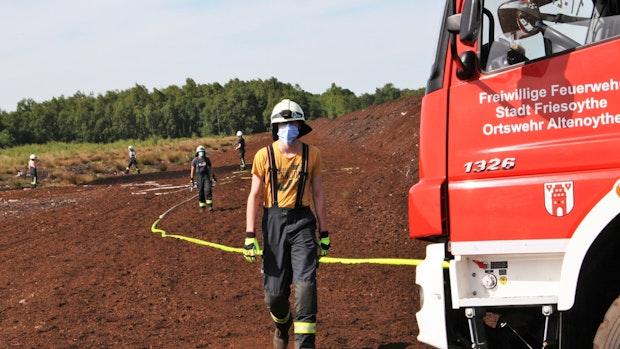 Brand in Moor ist binnen zwei Stunden gestoppt