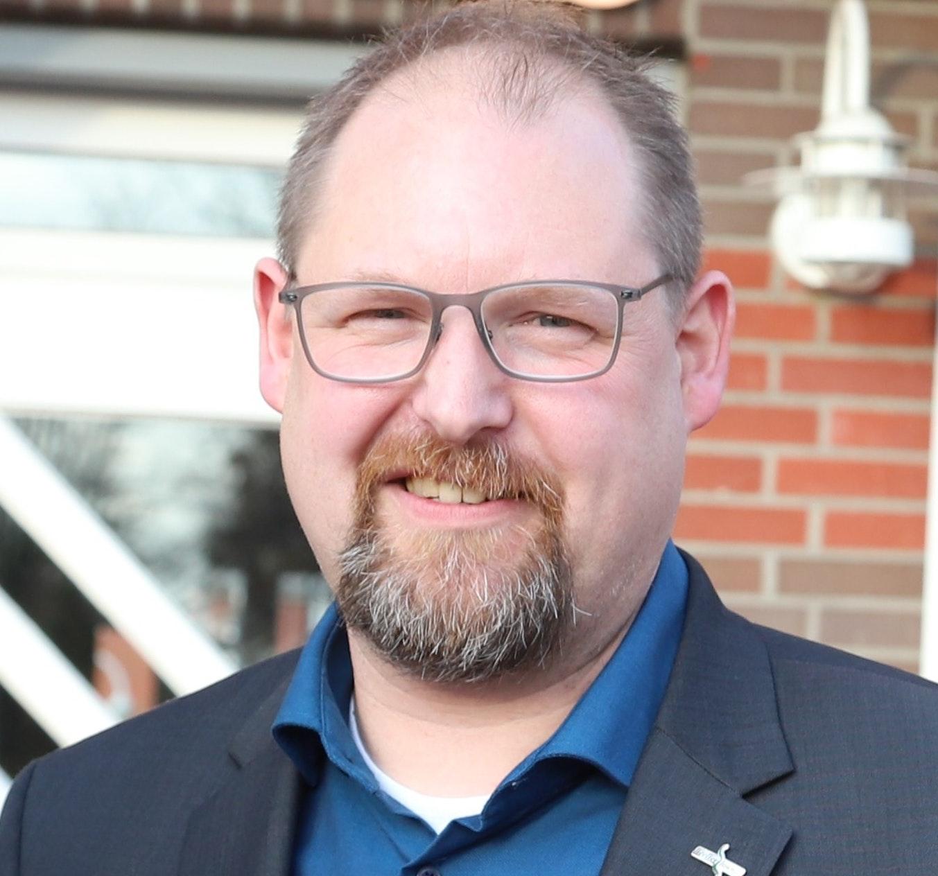 Thomas Otto kritisiertdie seiner Meinung nach unzureichende Beteiligung der Räte an den C-Port-Projekten. Foto: Passmann
