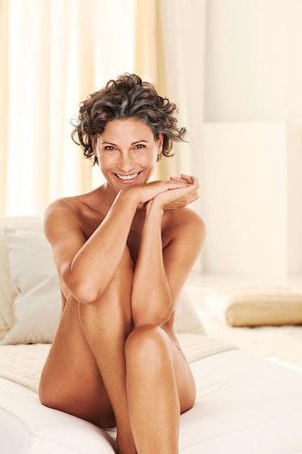 Die Bewegung der Body Positivity stellt sich gegen den Schönheitswahn. Frauen sollen ihre Einzigartigkeit erkennen und ihren Körper akzeptieren. Foto: djdLR Health und Beauty