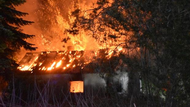 Erneut brennt ein leeres Haus