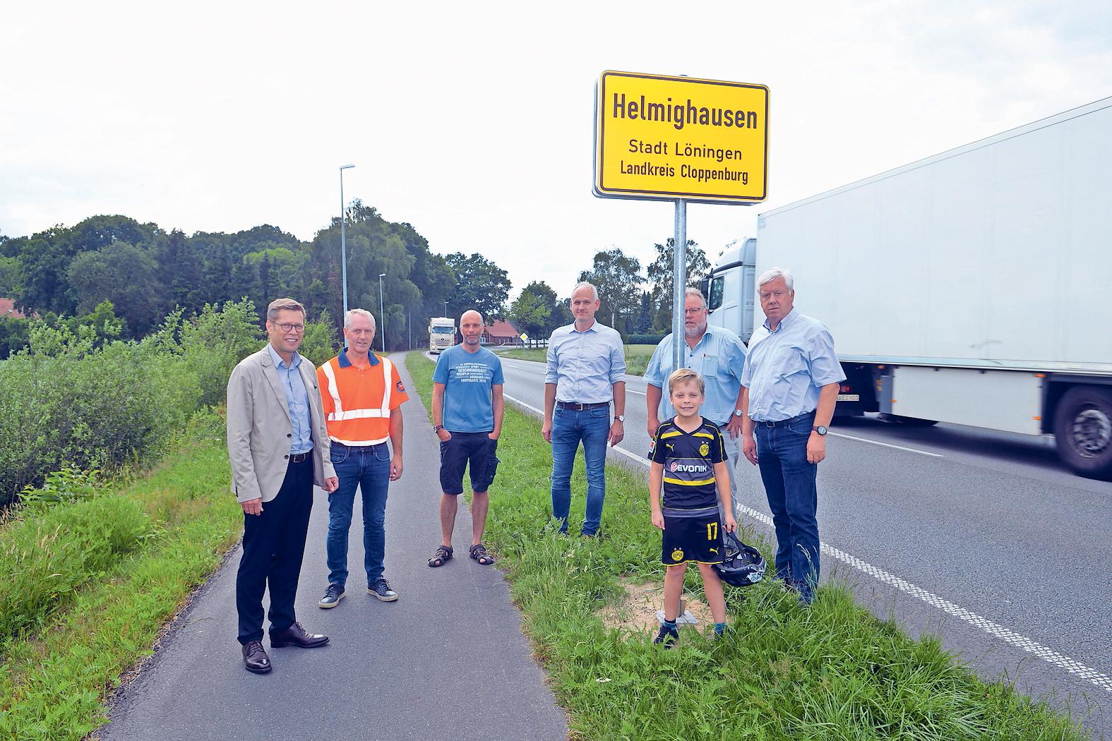 Jetzt geschlossene Ortschaft: Nach jahrzehntelangem Kampf gilt nun Tempo 50 auf der Bundesstraße im Dorf. Foto: Willi Siemer