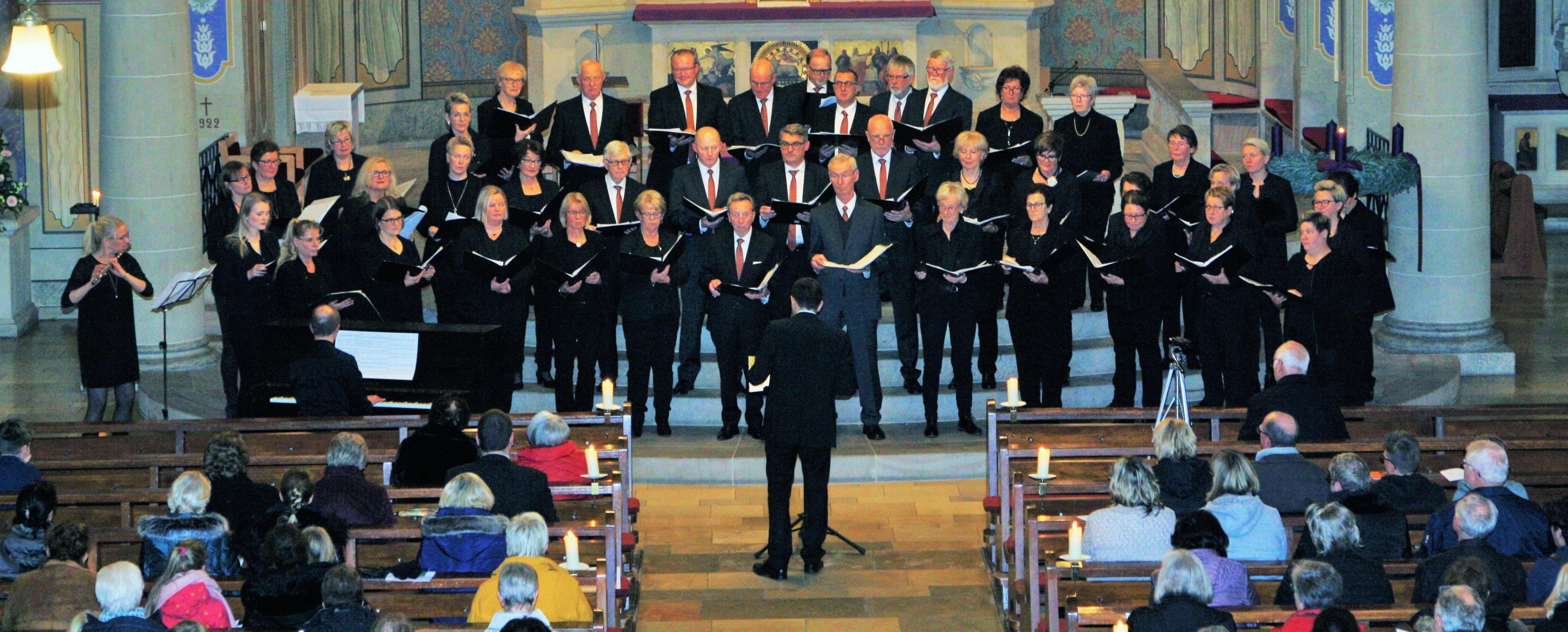 Momentan nicht machbar: Konzerte wie das Adventskonzert des Gemischten Chors Bösel im vergangenen Jahr sind auf absehbare Zeit eher unwahrscheinlich. Den Chören fehlt schlicht die Möglichkeit, angemessen zu proben. Foto: Archiv Pille