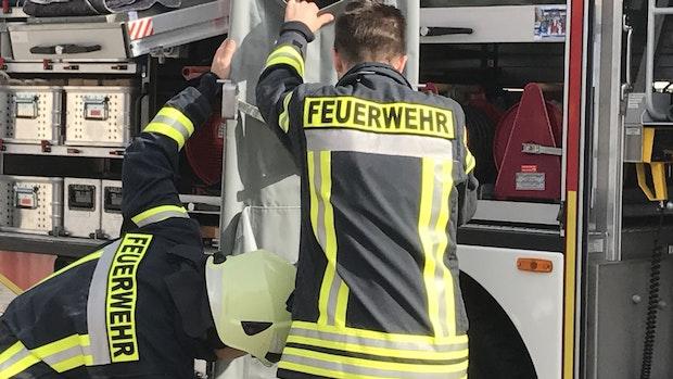 Drei Brände fordern die Feuerwehren