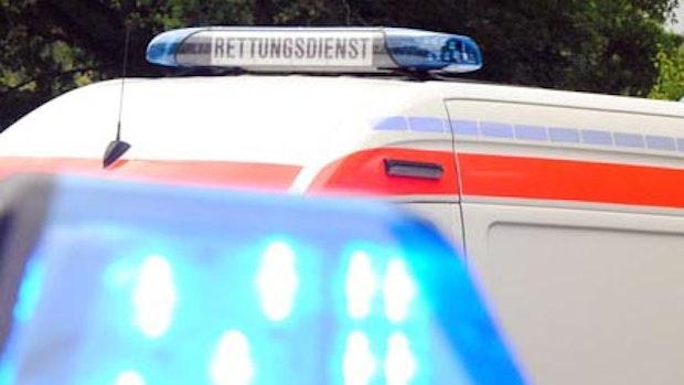 76-Jähriger kracht mit Ford Mustang bei Emstek in Leitplanke