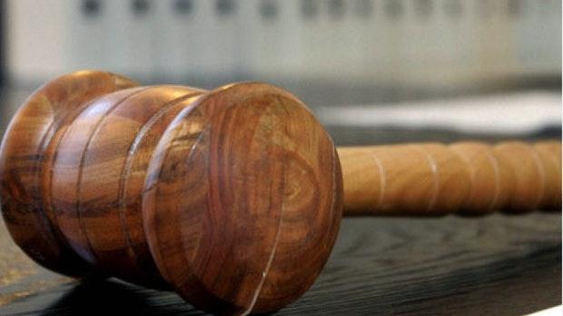Familien-Trio klaut, zündelt – und sitzt jetzt vor Gericht