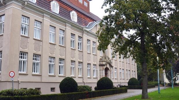 """""""Penner, Idioten und Schlampen"""": 39-Jähriger beleidigt und tritt Polizeibeamte"""