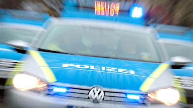 Steinfelder fährt ohne Führerschein unter Drogen über die A1