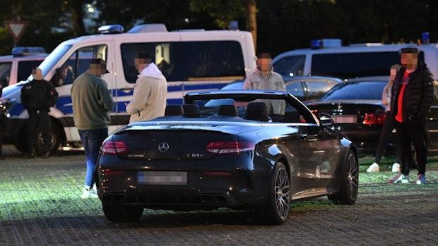 Polizei knöpft sich Poser und Raser vor