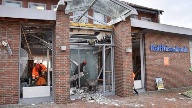 Bank muss Filiale nach Explosion abreißen