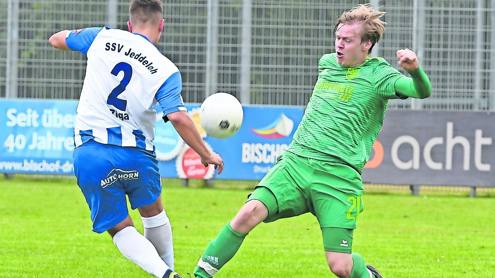 Aktivposten: Friesoythes Neuzugang Keven Oltmer (rechts) dürfte für den Landesliga-Aufsteiger zu einer echten Verstärkung werden. Foto: Wulfers