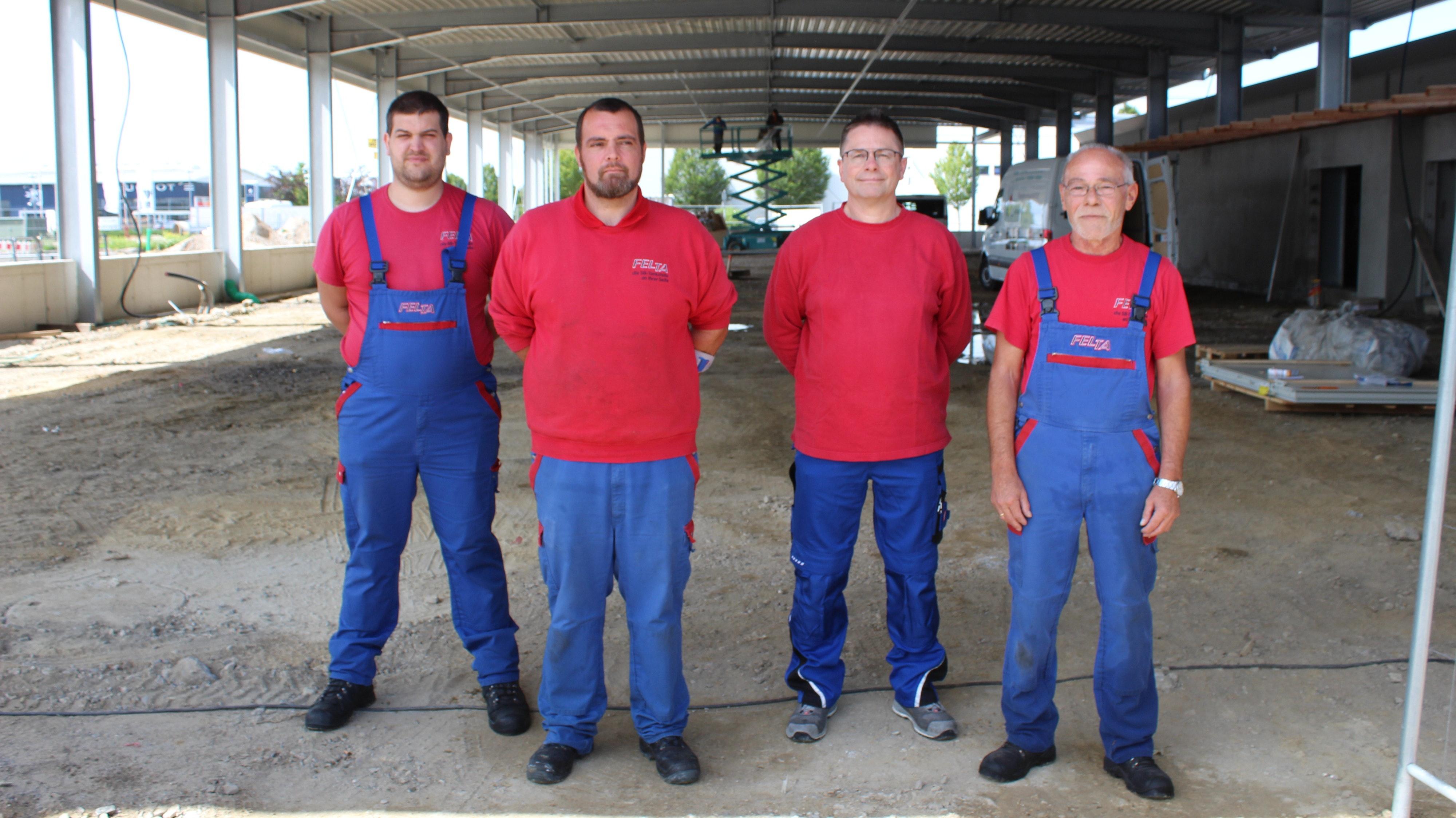Die Experten der Vorwäsche kümmern sich auch als Ansprechpartner um die Staubsaugerplätze. Foto: Heinzel