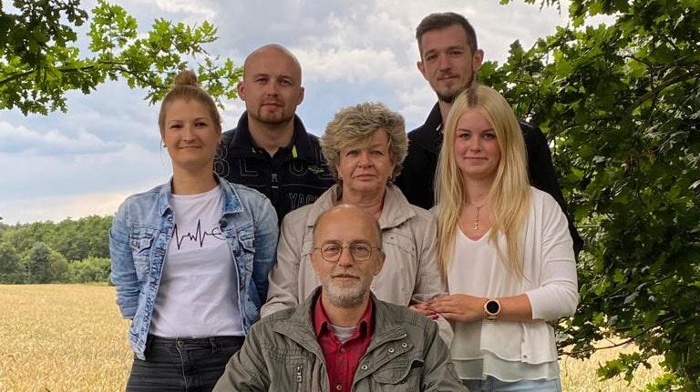 Zusammenhalten und kämpfen: Martin Kruse mit seiner Familie. Foto: Kruse