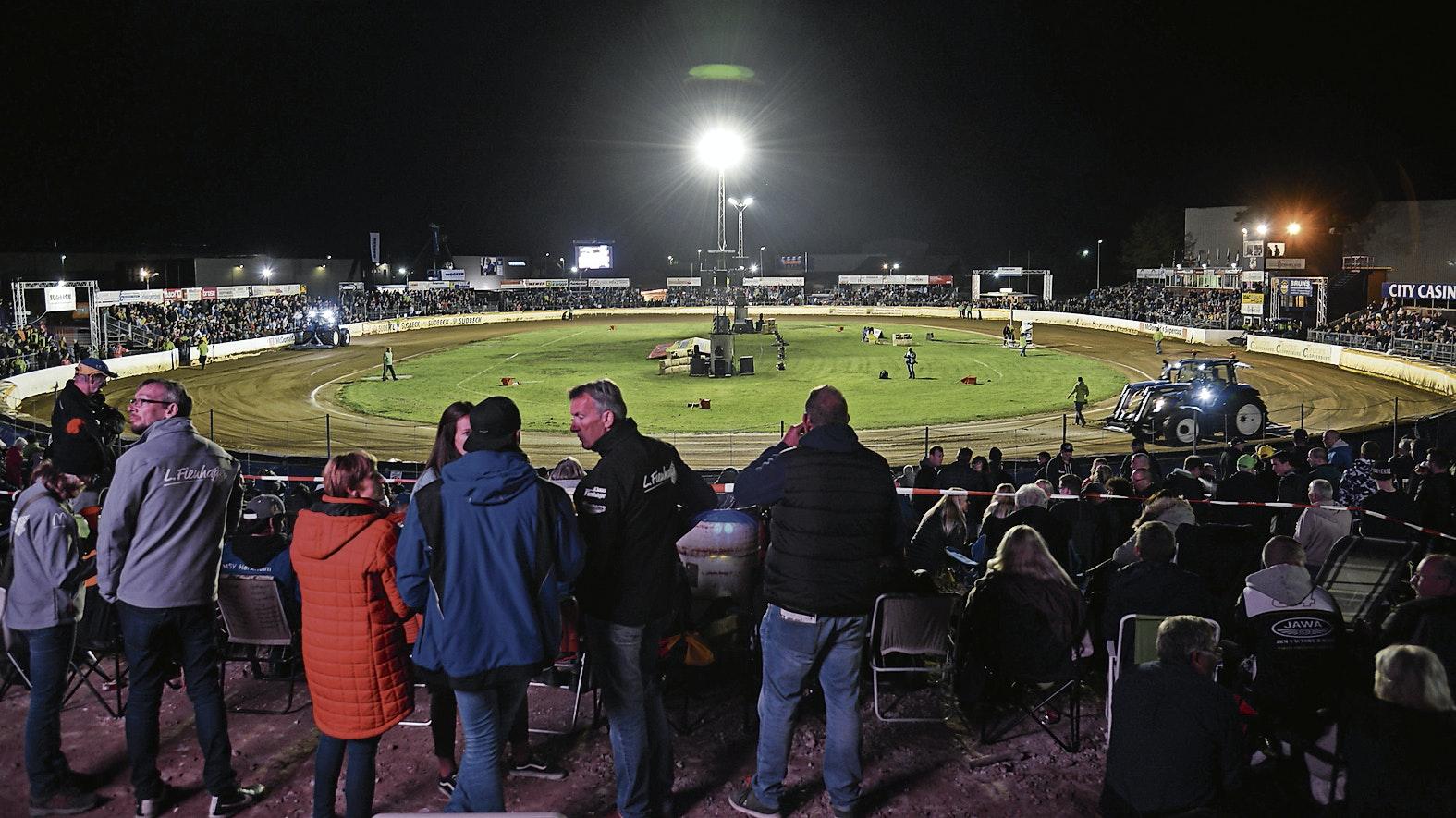Geduld ist gefragt: Die Speedwayfans in Cloppenburg gehen in diesem Jahr leer aus. Die nächsten MSC-Rennen auf der Anlage an der Boschstraße stehen erst für das kommende Jahr 2021 wieder auf dem Programm. Foto: Stefan Drees