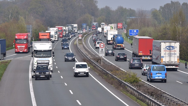 Sechsspuriger Ausbau der Autobahn 1verzögert sich erneut