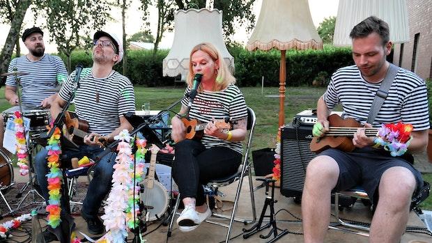 Mit der Ukulele geht's auf musikalische Weltreise