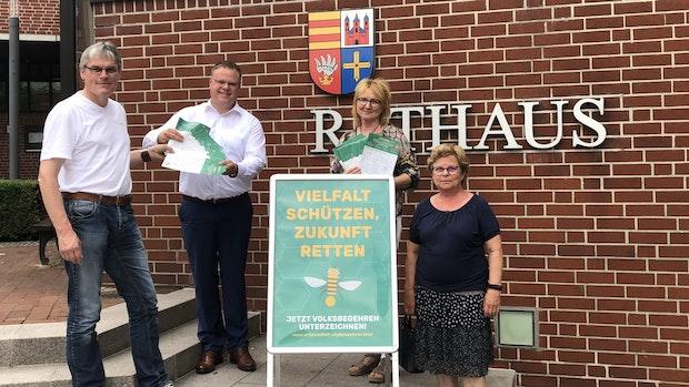 Aktionsbündnis übergibt 600 Unterschriften